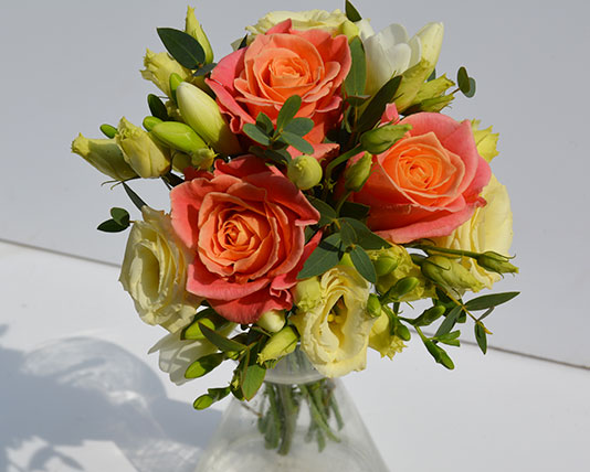 simply flowers nottingham wedding flowers wedding bouquets